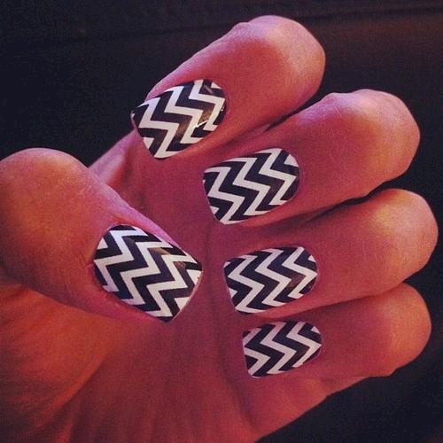 nail-art-chevron-15